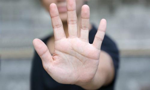 Häusliche Gewalt darf kein Tabuthema sein. Es erfordert viel Mut von Frauen, aus dem System auszusteigen Foto © charnistr/Fotolia.com