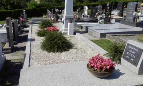 Das Heldengrab am Katholischen Friedhof.