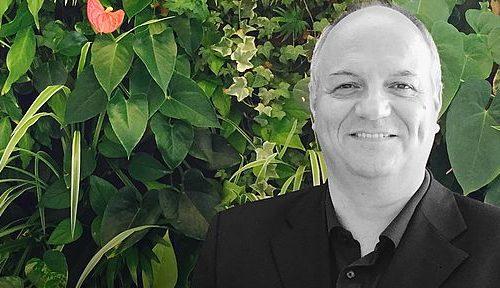 Eines der Prestige-Objekte von Architektin DI Katharina Tremmel und Vertical Magic Garden Inhaber Harald Eichhorn ist auch die Pro Medico GmbH in Graz.Eines der Prestige-Objekte von Architektin DI Katharina Tremmel und Vertical Magic Garden Inhaber Harald Eichhorn ist auch die Pro Medico GmbH in Graz.
