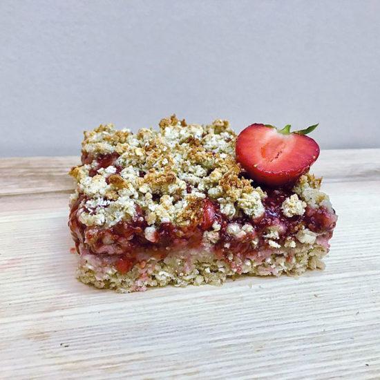 Gesunder Genuss – Streuselkuchen mit Erdbeeren