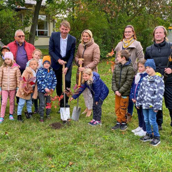 1.700 Bäume für Burgenlands Kinder